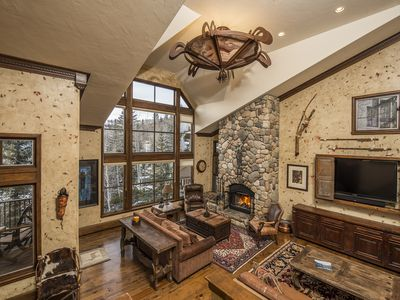 Photo for Expansive SKI IN Luxury Residence in Beaver Creek