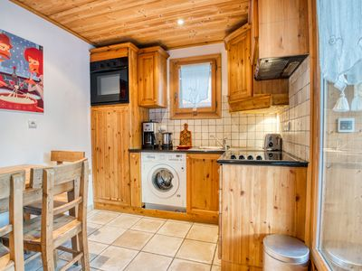 Photo for Cosy flat with fireplace in a private chalet