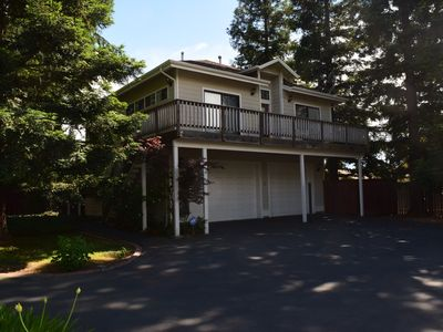 Photo for Private, gated guest house - great for corporate stays or a vacation getaway!