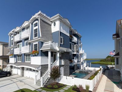Photo for Victory Sunset 6-BR-bayfront, pool, elevator - Renting Summer19 & Fall18 - NOW!