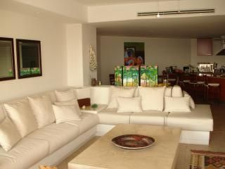 Photo for Discount!!! Monarca Luxury Beachfront Apartment in Ixtapa