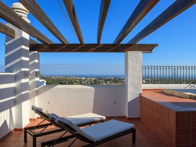Photo for 375 Penthouse Marques - Apartment for 6 people in Benahavís