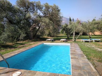 Photo for Swimming pool, garden, 20 minutes beach, free wifi, EL VERGEL