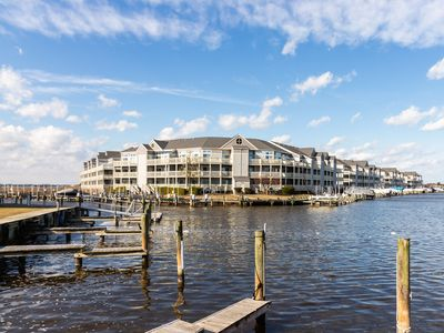 Photo for Waterfront condo w/ shared pool, tennis courts, furnished balcony, & free WiFi!