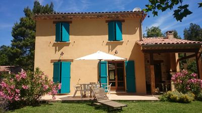 Photo for Lovely house in the Luberon with a pool in a charming location.