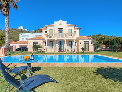 Photo for Quinta Dos Amores Villa With Large Private pool Near Beach