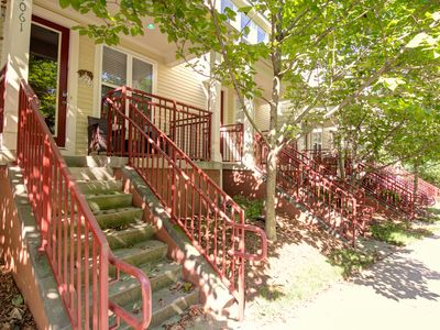 Photo for Upscale and Beautifully Decorated 2 bed/2.5 bath ★ Walk Uptown ★ FREE parking