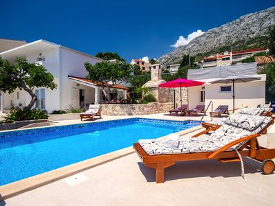 Photo for Villa Dasianda - only 90 m from the beach, private 30msq heated pool