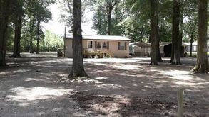 Photo for 3BR Cabin Vacation Rental in Altheimer, Arkansas