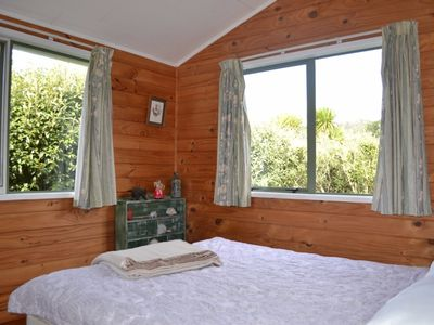 Photo for Watsons house, ideal family Bach at Medlands Beach