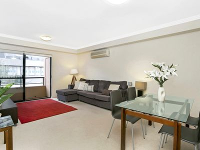 Photo for BAR09 - Convenient Living in the Heart of Cremorne