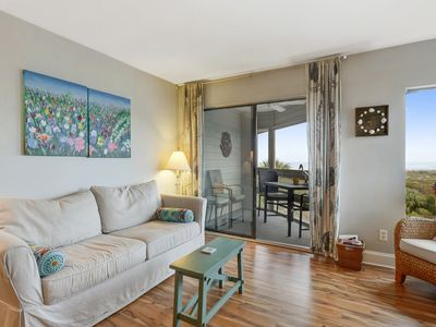Photo for Fabulous ocean view + Pet Friendly too... total reno, king bed!