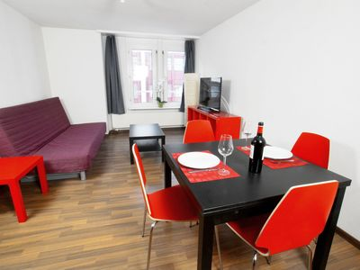 Photo for 1BR Apartment Vacation Rental in Z���rich, Zürich