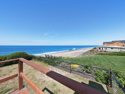 Photo for Charming, oceanfront home w/ nearby beach access & amazing ocean views!