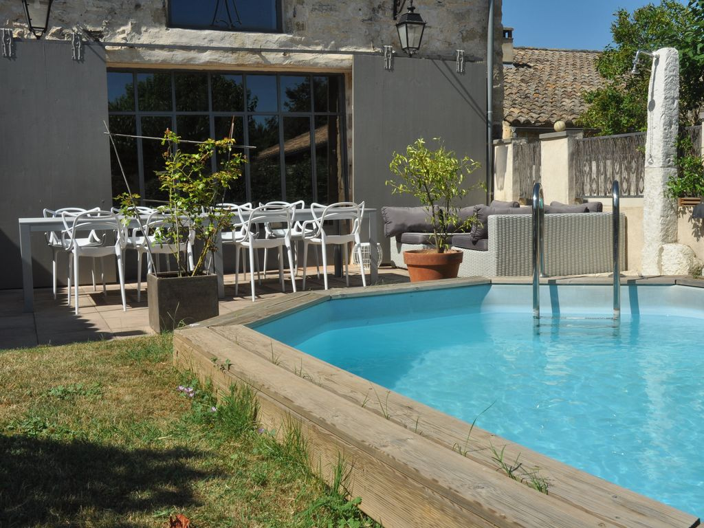Maison de caract re r nov e proche de uzes gard avec for Piscine depot uzes