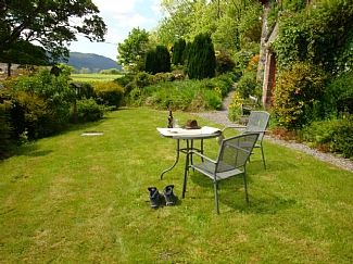 Property Image#2 Character Cottage: Panoramic Views: Enclosed Garden: Pet  Friendly