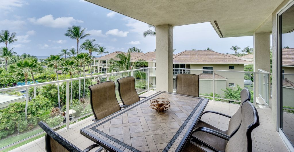 Luxury Condo with Golf Nearby, Walking Distance to Beach at the ...