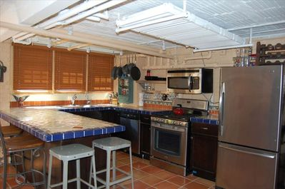 Fully equipped kitchen with new, high end appliances.