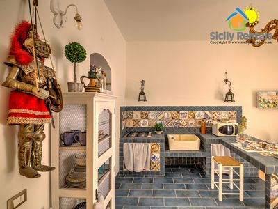 Photo for Comfortable apartment in the historic center of Palermo, few steps away from the Cathedral
