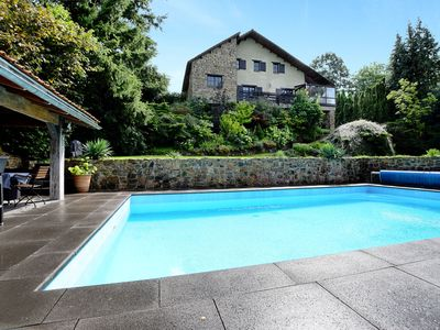 Photo for Beautiful, authentic villa with private pool, sauna, pool bar and large garden