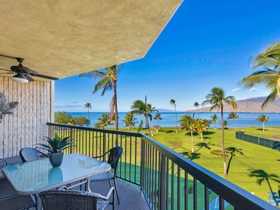 Photo for Sweeping views of ocean and Maui from top floor penthouse.  Beachfront resort