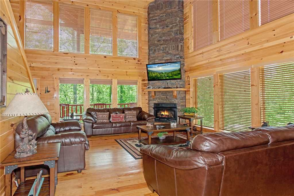 Private Indoor Pool! Theatre Room! 5... - HomeAway Pigeon Forge