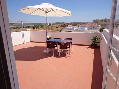 Photo for 1 bedroom apartment with terrace, air conditioning and wi-fi