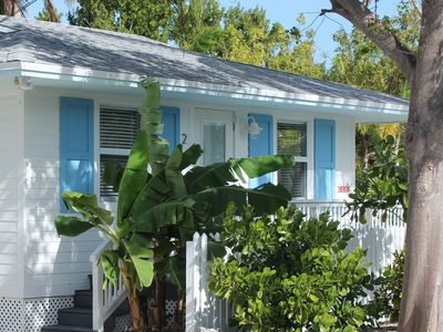 Photo for Bright & Clean Tropical Bungalow with Heated Pool, Bikes, Grill, and free WiFi
