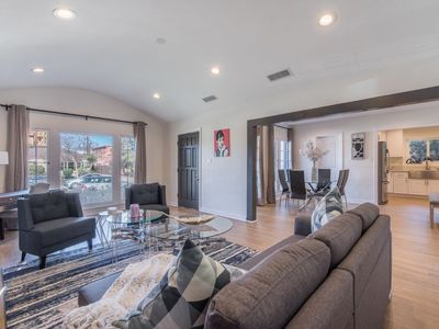 Photo for Newly Renovated Luxurious Studio City Home