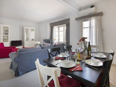 Photo for Casanovas 32 apartment in Eixample Esquerra with WiFi, air conditioning, private parking, balcony …