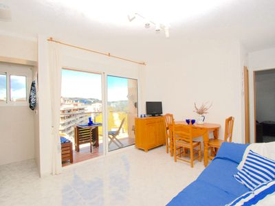 Photo for REF. 3077 / HUTG-032006. ECONOMIC APARTMENT WITH TERRACE, VERY CENTRAL  Apartment yes