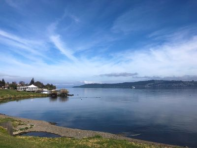 Cross the street to the shores of beautiful Lake Taupo!