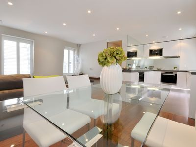 Photo for Luxury and spacious one bedroom apartment situated in Kensington