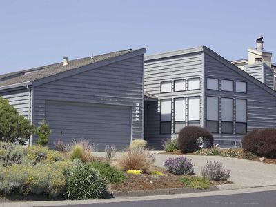 Photo for Beautiful C'est Cela! Close to all Bodega Bay Attractions!
