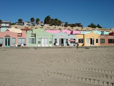 Photo for Beach Front Condo in Capitola - Venetian Front Row #4