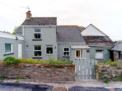 Photo for Beautiful cottage near Porthcothan Bay, Padstow