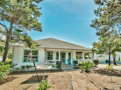 Photo for Perfect 3BR In Crystal Beach! Short Walk To Beach; Best Location!