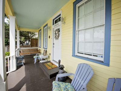 Photo for Gulf Coast Cottage-2 Blocks From Beach & Pleasure Pier, 4 Bed 3 1/2 Bath