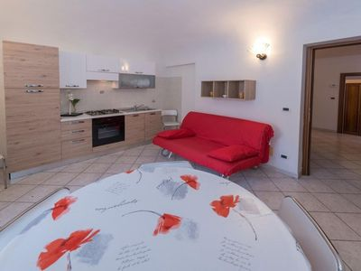 Photo for Two rooms apartment 4 sleeps in the heart of Finalborgo