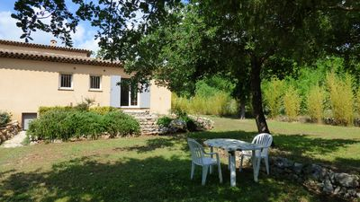 Photo for Studio with garden and quiet pool in the hinterland of Grasse