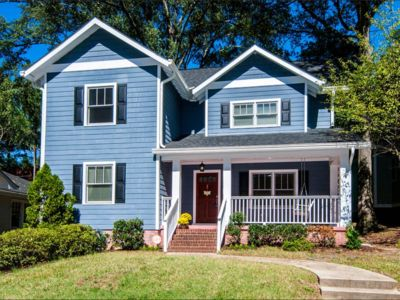 Photo for Large, Clean 4 BR in Plaza Midwood/Chantilly
