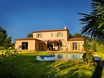 Photo for BEAUTIFUL VILLA PROVENCALE DOMINANTE WITHOUT OPPOSITE