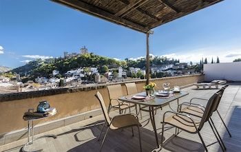 Photo for Fabulous Penthouse Prime Location. 3 Bd & Private Terrace & Views to A