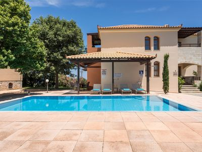 Photo for Aphrodite Luxury Villa, 4 Bedrooms, Private Pool, Garden, Next To Maleme Beach