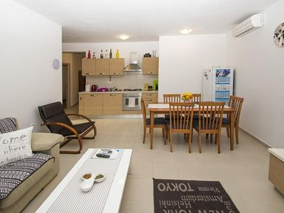 Photo for Holiday apartment Ližnjan for 1 - 5 persons with 2 bedrooms - Holiday apartment