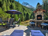 A beautiful hideaway in the heart of the mountains