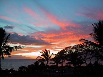 Beautiful Sunset View from our Large Lanai