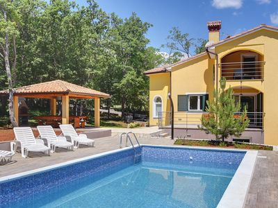 Photo for Holiday house Kapelica for 1 - 8 persons with 4 bedrooms - Villa