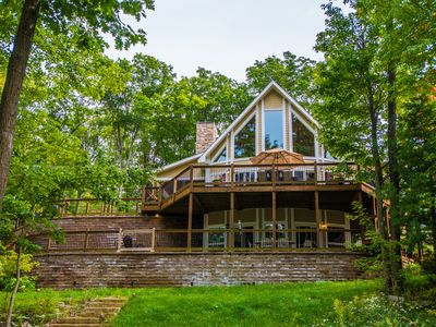 4 Master Suites & Lake Views Close to DCL Activities!