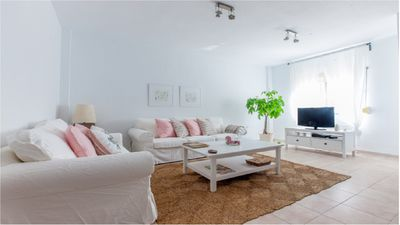 Photo for Magnificent townhouse, for 6 people 2 minutes from the beach of the hauls